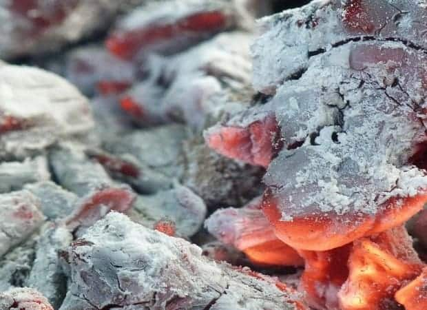 Красный жар из дубовых дров